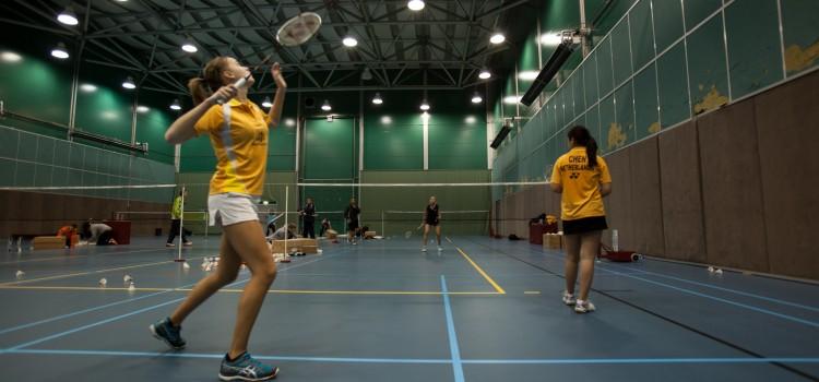 5 Health Benefits of Playing Badminton